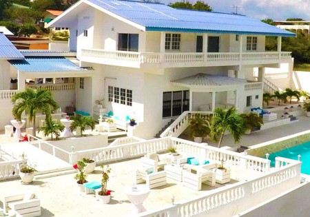 "Champartments Curacao | Villa ""CRISTAL"""
